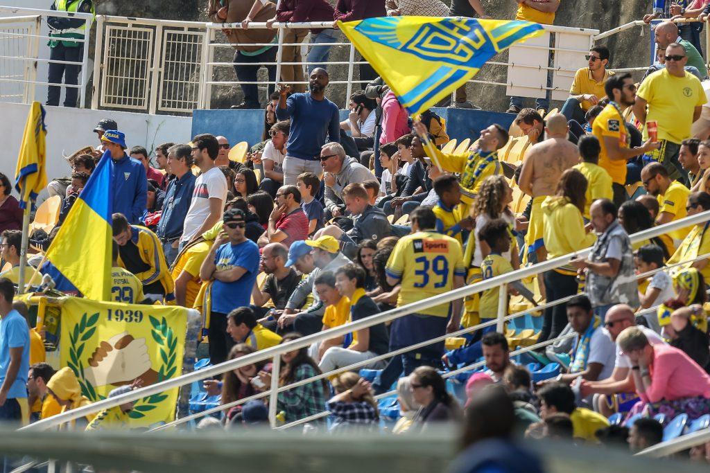 Estoril Praia supporters