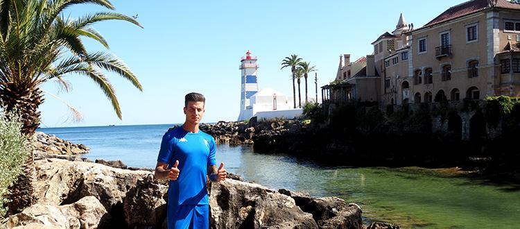 Bruno Lourenço assina pelo Estoril Praia