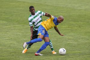 The new reinforcement to Estoril Praia, Igor Goularte, made the first minutes wearing the Mágicoa jersey