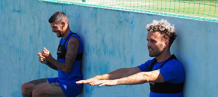 Estoril Praia regressou aos treinos